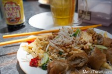 ho chi minh, city, what to do in ho chi minh, travel, visit ho chi minh, down town, market, shopping, peolpe, vietnam, sign, hart in to it, street food,