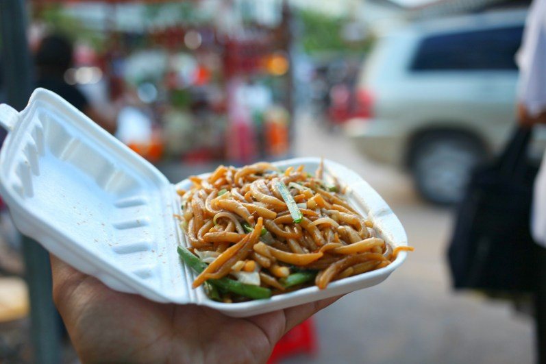 street food, Cambodia, Siem Reap, noodles