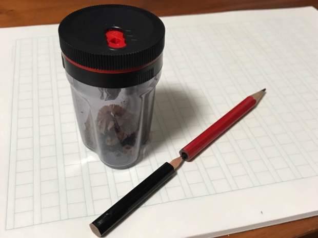 短くなった鉛筆をつないで、最後まで使うことができる鉛筆削り「TSUNAGO」