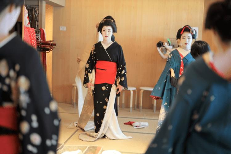Geisha Makeover experience Maikoya 2