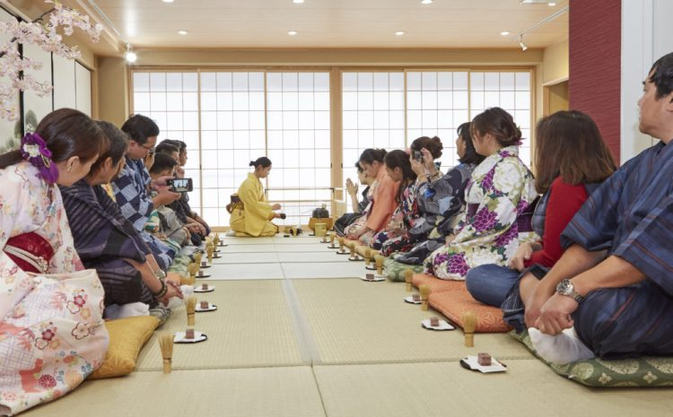 Kimono Tea Ceremony for Groups