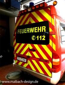Warnmarkierung Reflexfolie Feuerwehr und Beschriftung