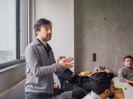 Prof. Severin Wucher explaining the DesignFactors® Method, the central topic of his course on