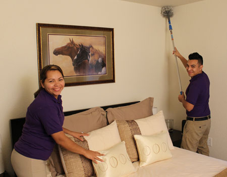 Hire Professionally Trained House Cleaners