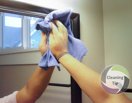 How to Clean Mirrors in the bathroom