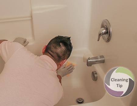 How to Clean a Bathtub and clean bathtub