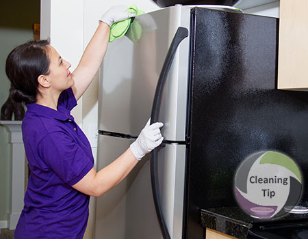 How to Clean a Refrigerator