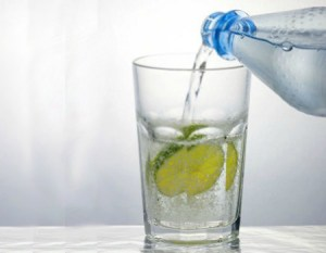 How to Clean With Club Soda