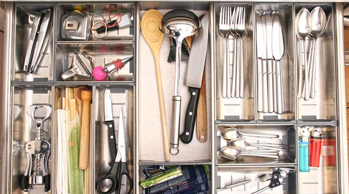 How to Clean Your Utensil Drawer and keep it organized