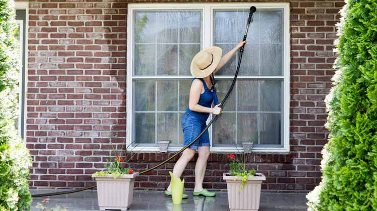 Cleaning Your Windows To A Sparkle — The Right Way! | Maids By Trade