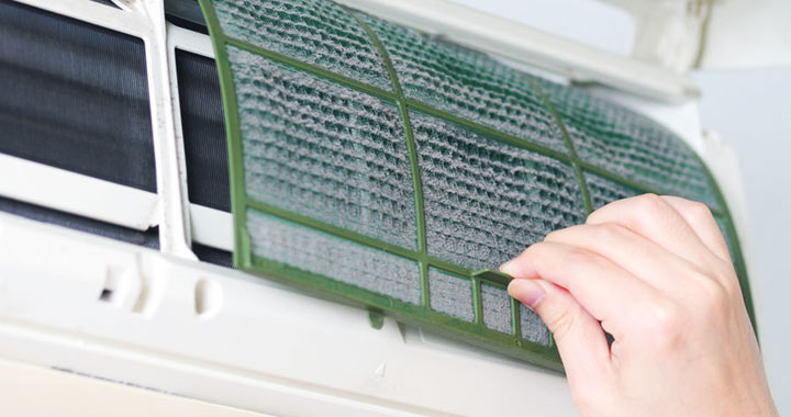 How to Clean an Air Conditioner Filter and removing dust
