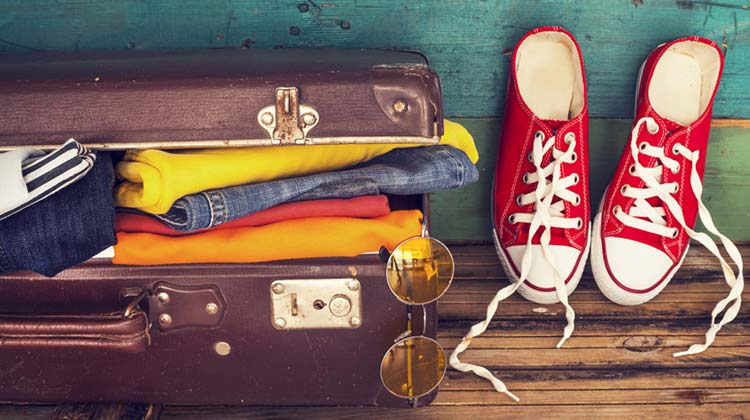 How to Pack a Suitcase Efficiently and in a neat way
