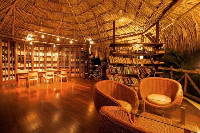 Sandton Kura Hulanda Lodge & Beach Club