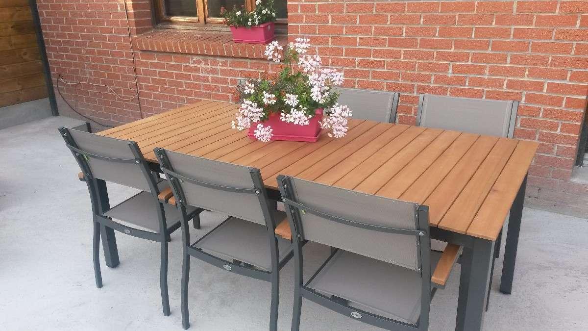 Table Exterieur Imitation Bois   Table Pliante Et 2 Bancs ...