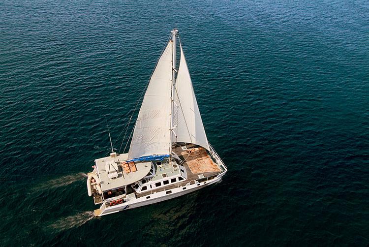aristocat-sailingview-fromthetop-picasa-750