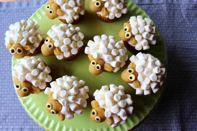 Schaf Cupcakes  MainBacken