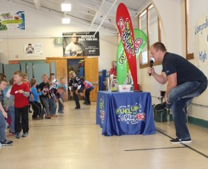 Enfield native, Matt Mulligan is a Buffalo Bills tight end and former New England Patriot. He shared his story about setting goals, taking care of yourself and working hard to achieve your dreams to the students at the Pittston Consolidated School.