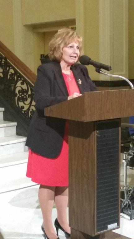 Maine's First Lady Ann LePage welcoming visual and performing arts award recipients