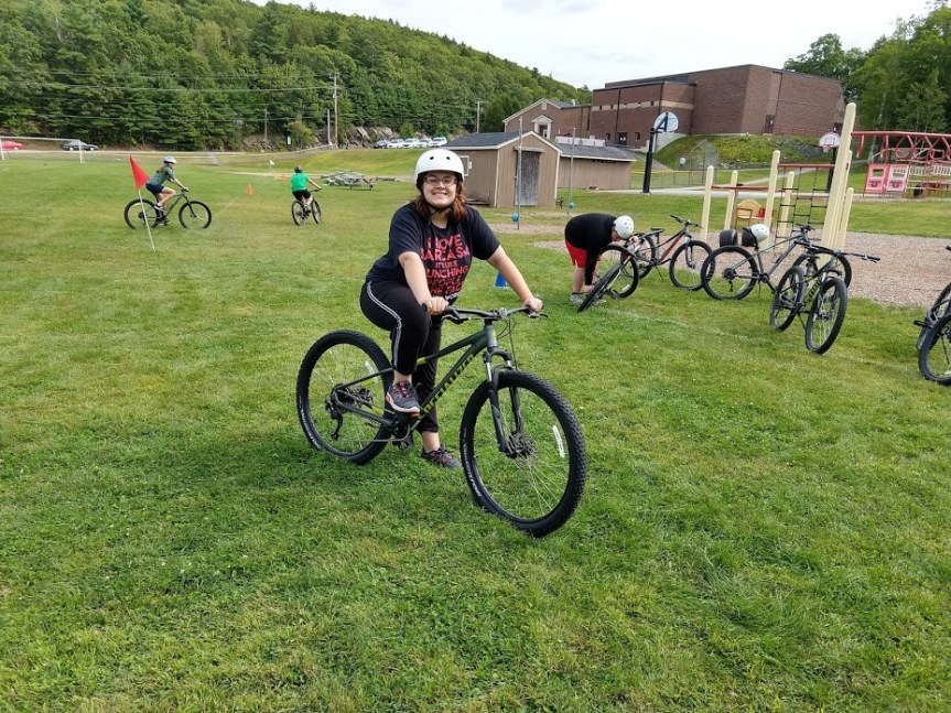 Dedham School Receives Riding for Focus Mountain Biking Grant