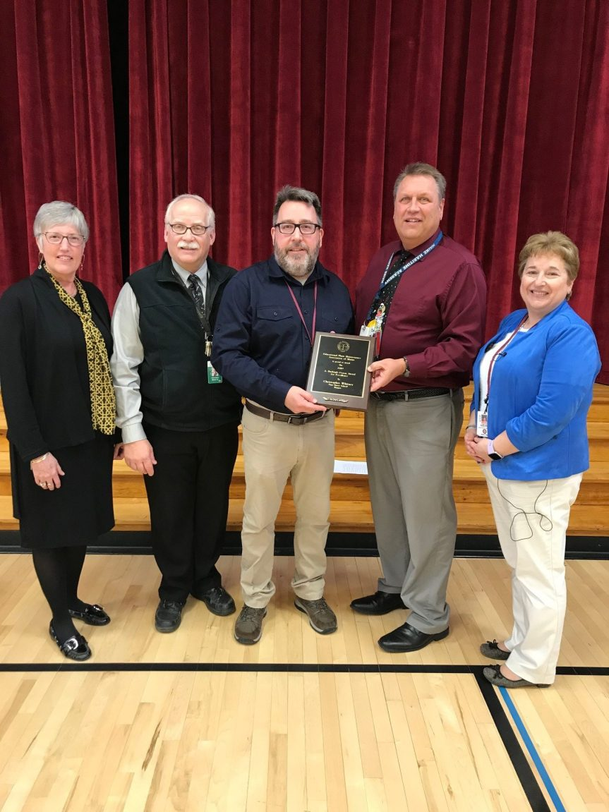 Vine Street Elementary School Custodian Honored with A. Burleigh Oxton Award for Excellence
