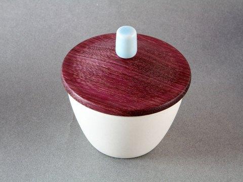 White Porcelain Cup — Padauk Wood Lid