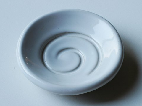 spiral dish white porcelain glaze sample