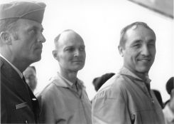 Col Ray Merritt (left), B/Gen Robbie Risner (right)