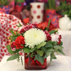 Valentine's, Day, Flowers, Gifts, Jewelry, Presents, Local, Delivery, Minneapolis, Twin Cities, Area, Near, By, Best, Florist, Beautiful, Flowers, Fresh, Anoka, Minnesota, MN, Coon Rapids, Champlin, Maple Grove, Dayton, Ramsey, Blaine, Brooklyn Park, Brooklyn Center, Hennepin County, NW Metro, Saint Paul, St Paul, Ideas
