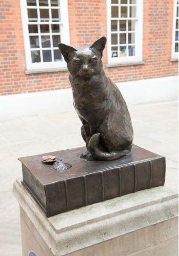 サミュエル・ジョンソンの愛猫ホッジ