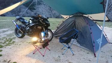 初めてのバイクキャンプ!キャンプツーリングに必要な道具やおすすめテントを紹介!