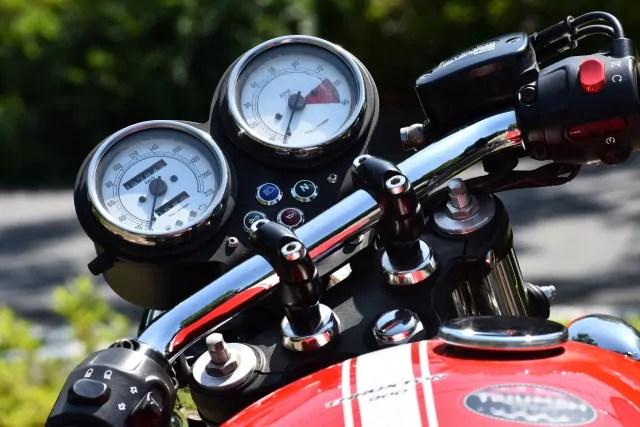 バイク エンジン かからない