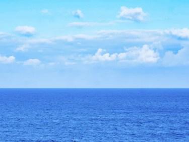 海の水はなぜしょっぱいのか?塩辛い理由と原因を紹介!