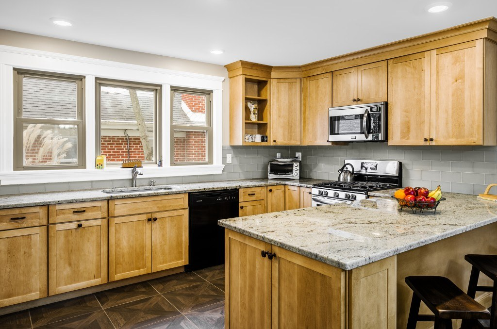 Kitchens Require Compromise Even For Kitchen Designers