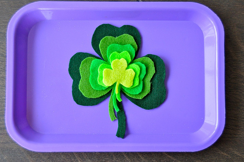 Felt Shamrock Grading activities for Kids to make