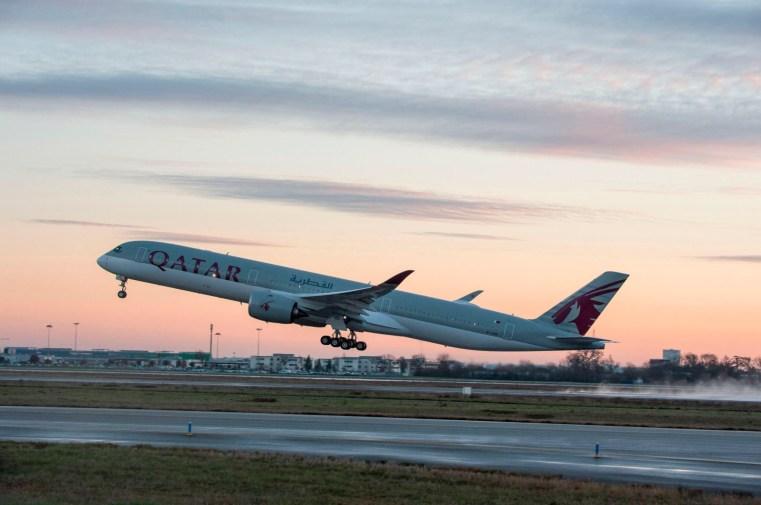 Qatar A350-1000 (Airbus).jpg