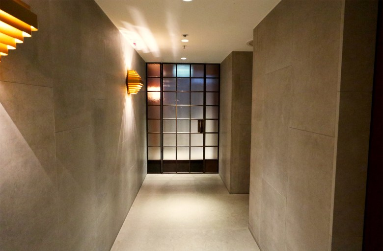 Day Suites Entrance
