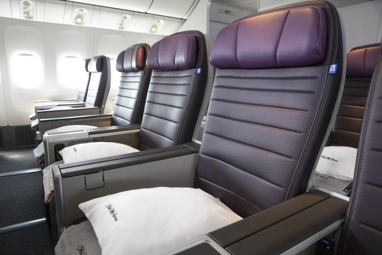 United Premium Plus (United Airlines).jpg