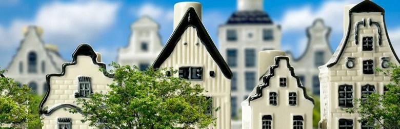 Delft Blue Houses (KLM).jpg