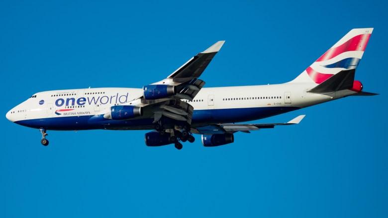 BA 744 Oneworld Small (Venkat Mangudi).jpg