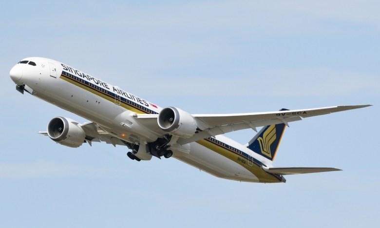 Singapore 787X (Mike Cassidy).jpg