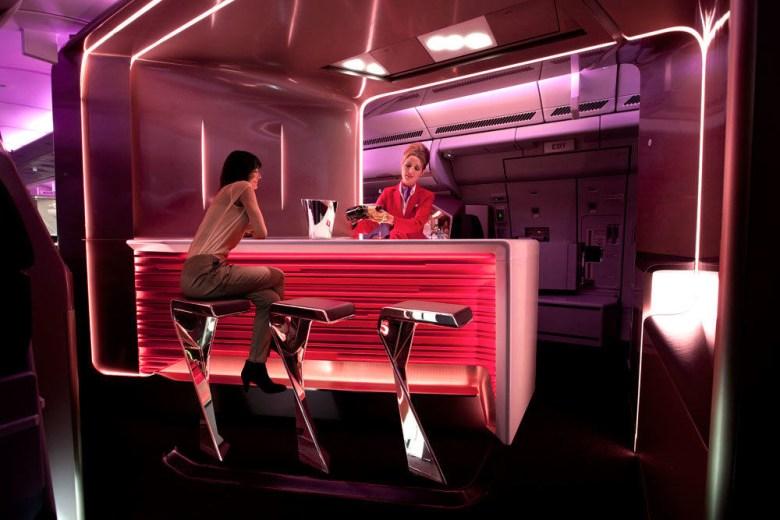 VS Upper Class Bar 787 2 (Virgin Atlantic).jpg