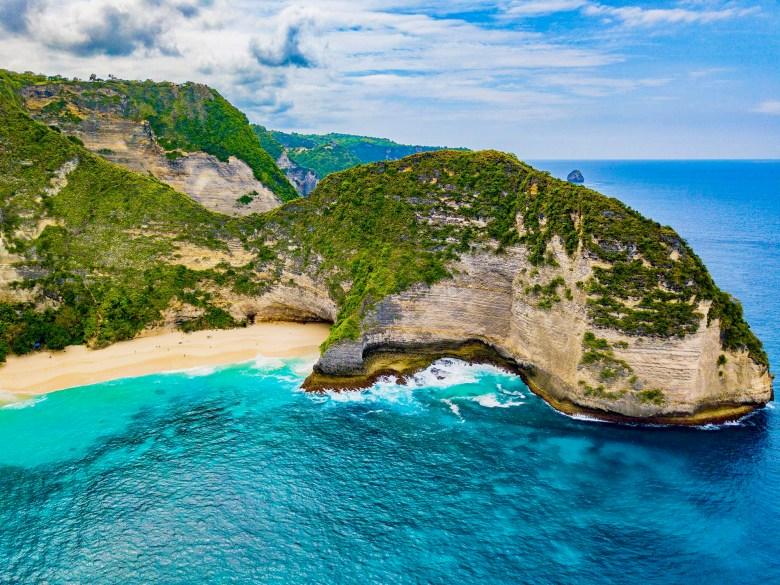 Bali Kelingking Beach (Dominic Krainer).jpg