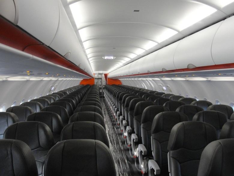 JQ A320 Cabin