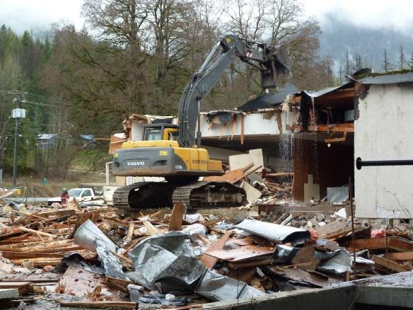 fun finder & demolition 032