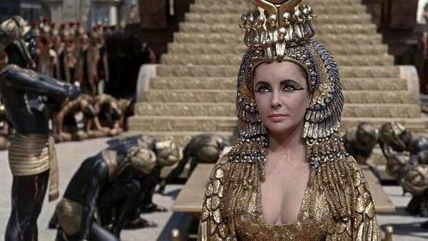 cleopatra_liz