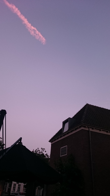 Condensstreep boven Zutphen
