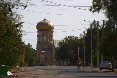 De Russisch-orthodoxe kerk in Termez