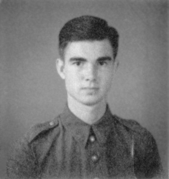 De auteur, Dick van Zoonen, in 1941