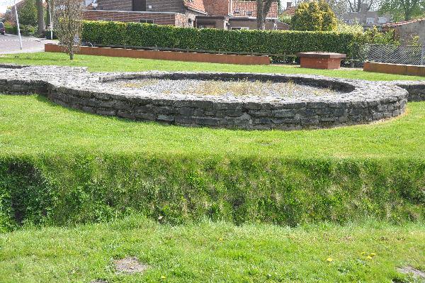 De fundamenten van een toren bij de poort van het limes-fort te Aardenburg