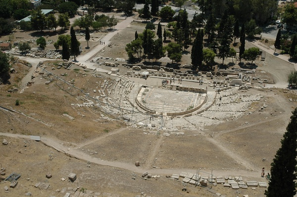 Het theater van Dionysos in Athene, waar veel van de overgeleverde toneelstukken in première zijn gegaan.